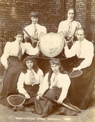 The tennis team in 1899