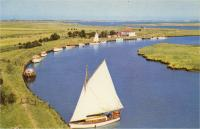 Boating traffic in the 1950s.