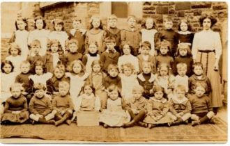 Infants class of the Liverpool Hebrews' Educational Institute and Endowed School 1880