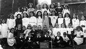 Swannington school children pictured in 1912